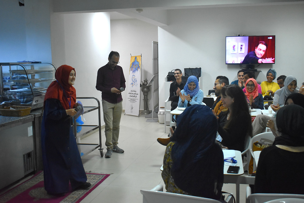 Lively discussion at the Arabic Language Cafe