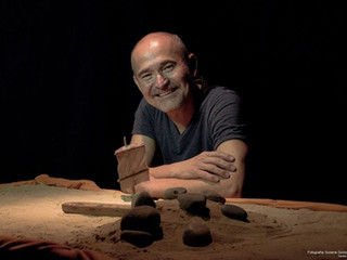 El juego y la experiencia poética: Taller de Teatro sensorial, con Nelson Jara