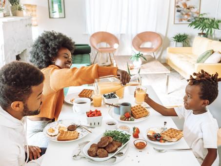 O papel social de famílias acolhedoras e padrinhos afetivos na garantia do bem-estar infanto-juvenil