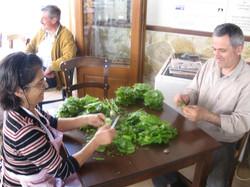 préparation des feuilles de vigne