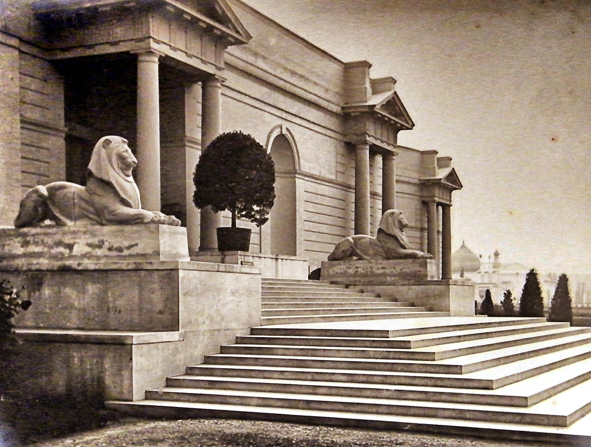 Leeuwen, Brits paviljoen op de wereldtentoonstelling van 1930 in Antwerpen