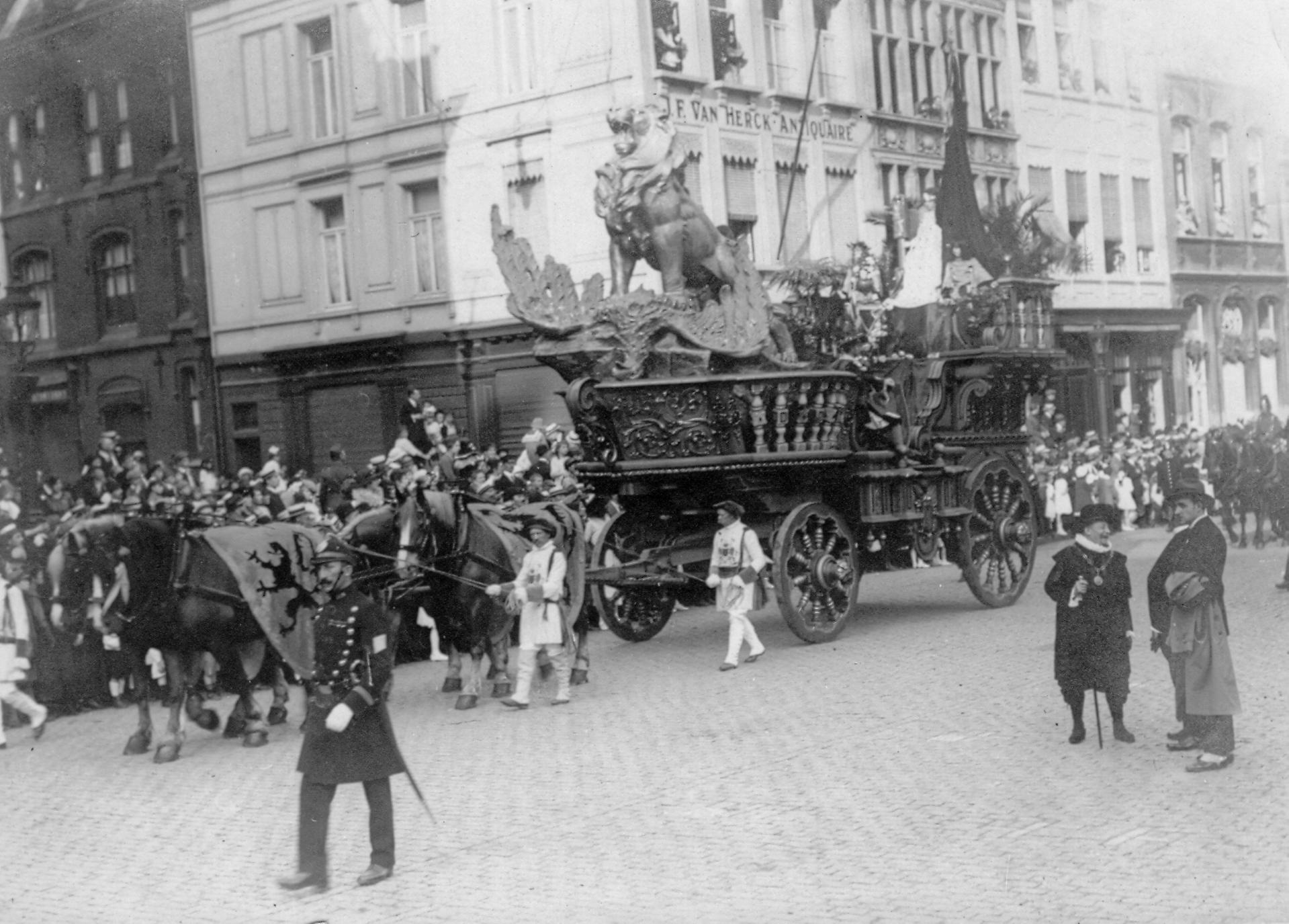 Praalwagen Leeuw met condor, Ommegang van Antwerpen in 1920