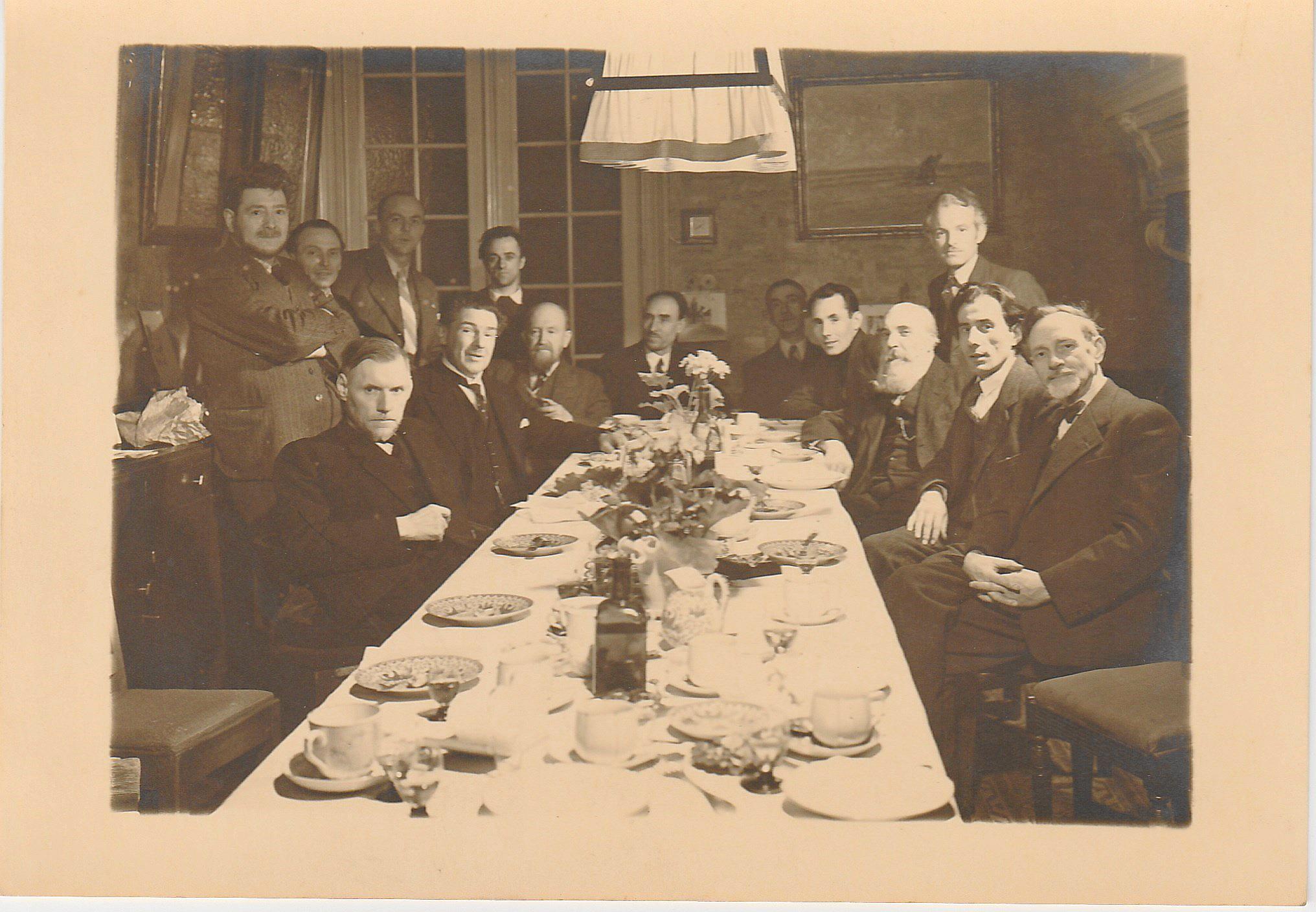 Met collega-kunstenaars, Frans Jochems is de eerste van rechts