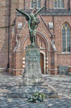 Oorlogsmonument, Lommel (Foto Robin Mues C)