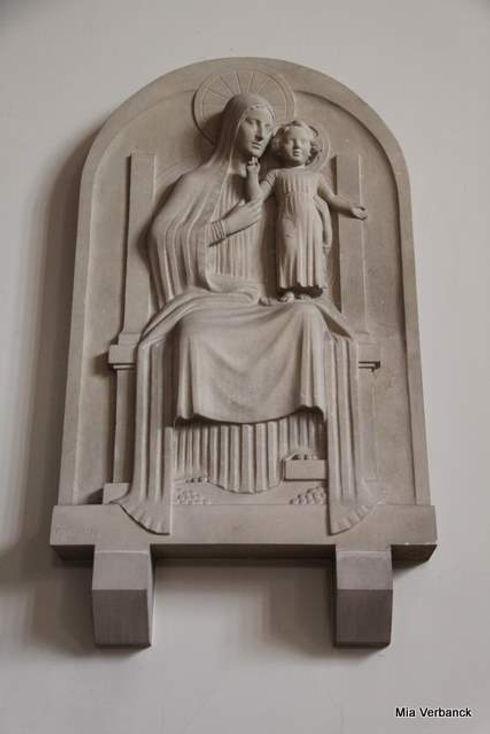 Basrelief Maria OLV Middelareskerk.jpg