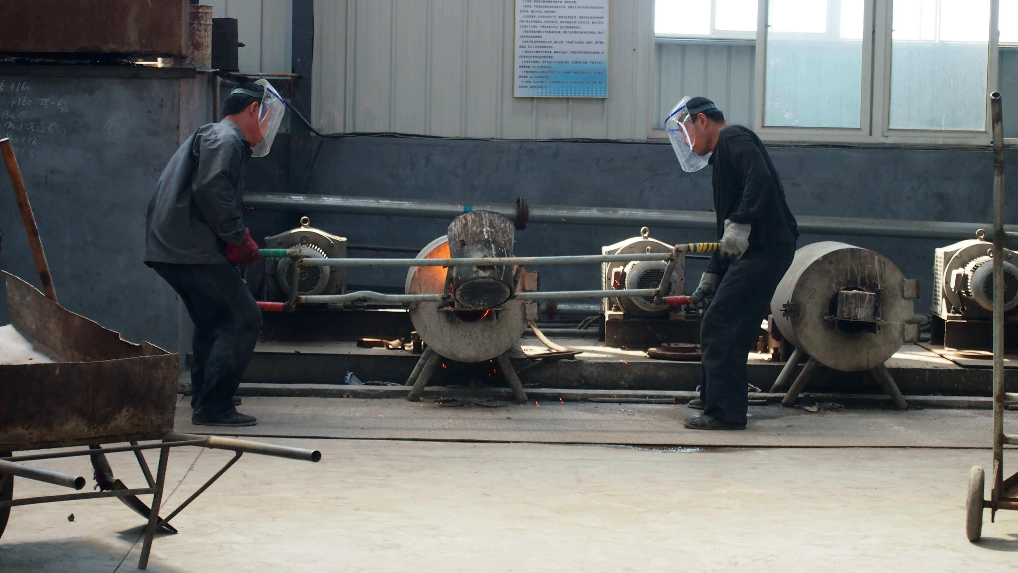 jinan longchao mud pump parts factory13.