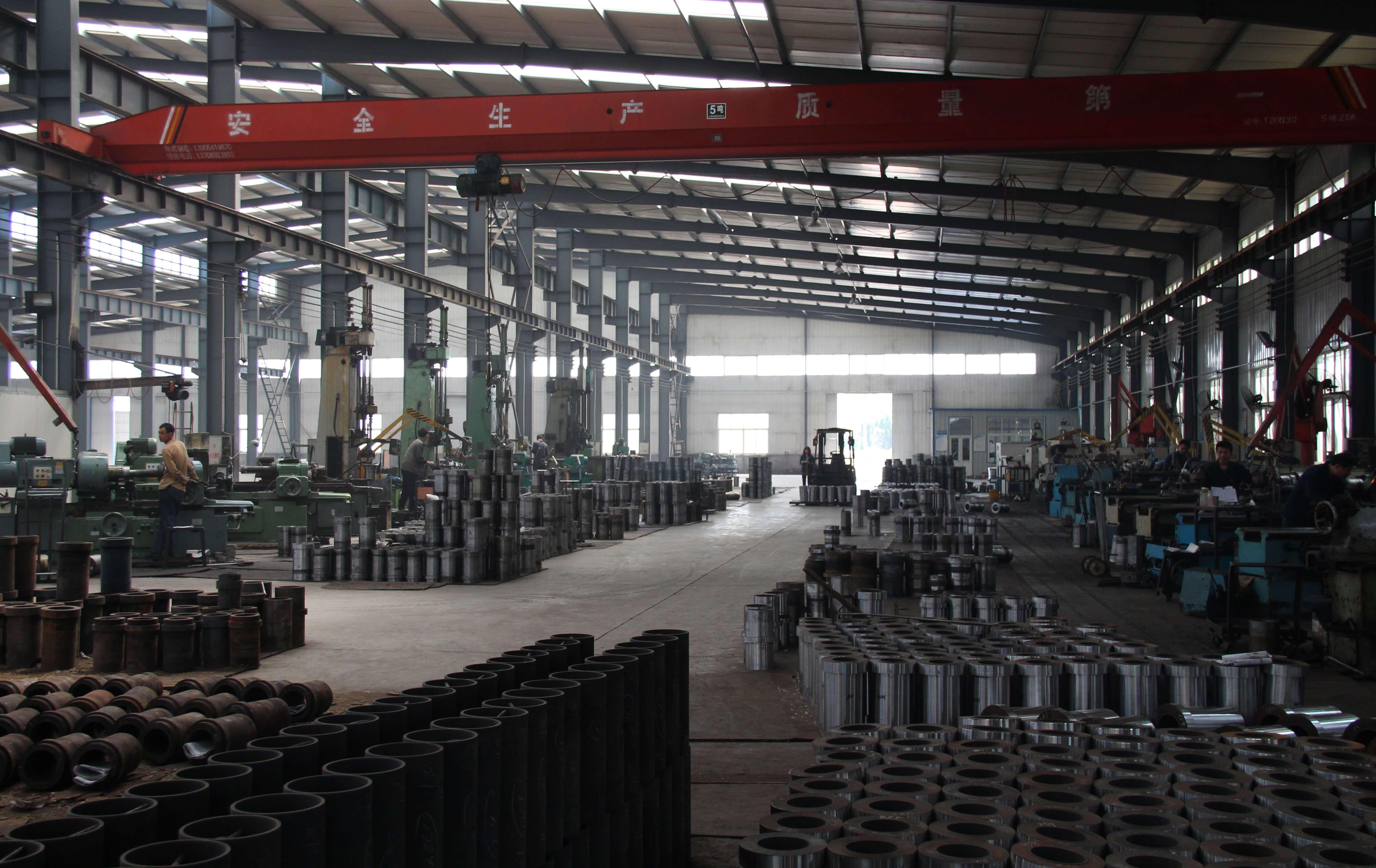 jinan longchao mud pump parts factory2