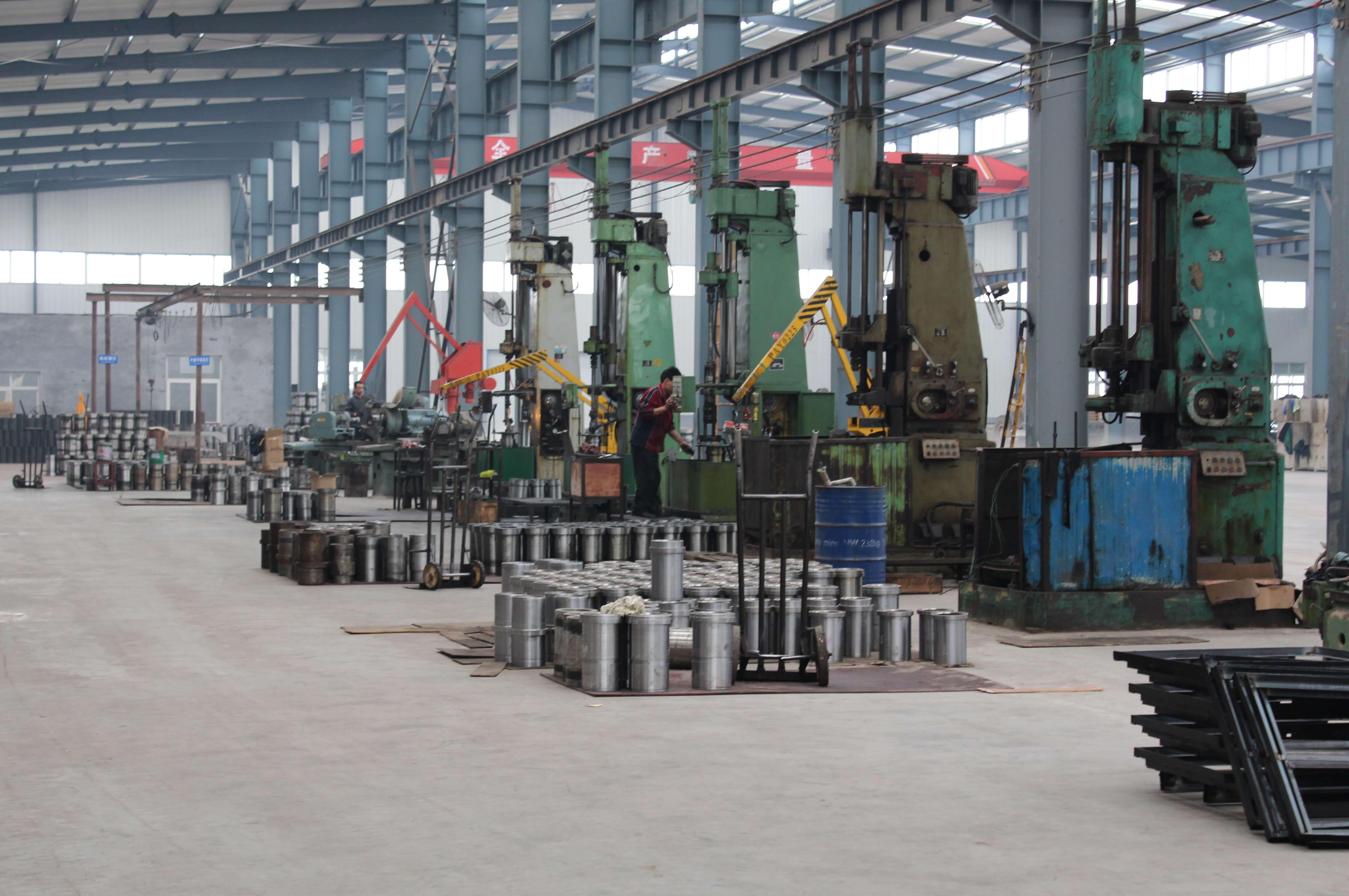 jinan longchao mud pump parts factory1