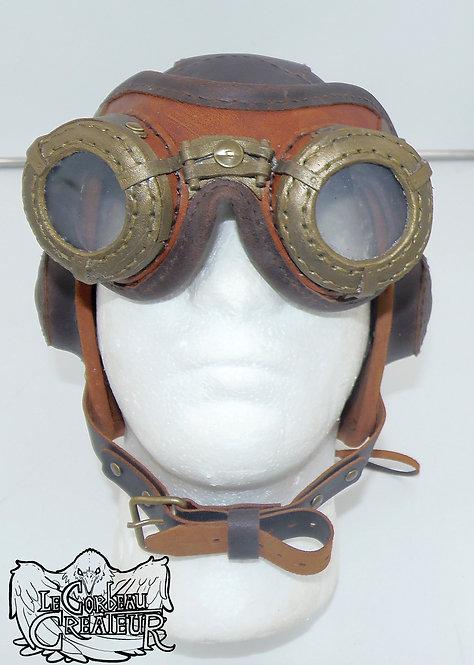Bonnet d'aviateur assorti de ses lunettes