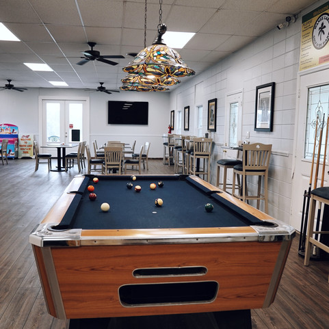 Wanee-Lake-Golf-and-RV-Park-sunglasses-clubhouse-billiards-pool-pootable
