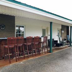 Wanee-Lake-Golf-and-RV-Park-outdoor-bar.jpeg