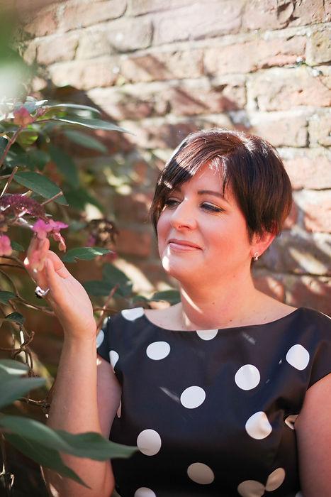 JacquiO-wedding floral designer