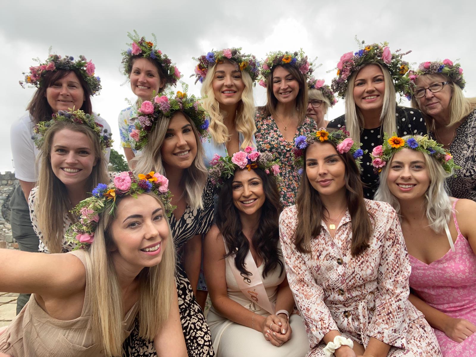 Flower crown hen party, Chehsire