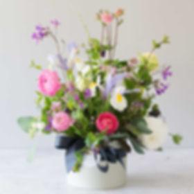Ranunculus, iris and honesty mini hat bo