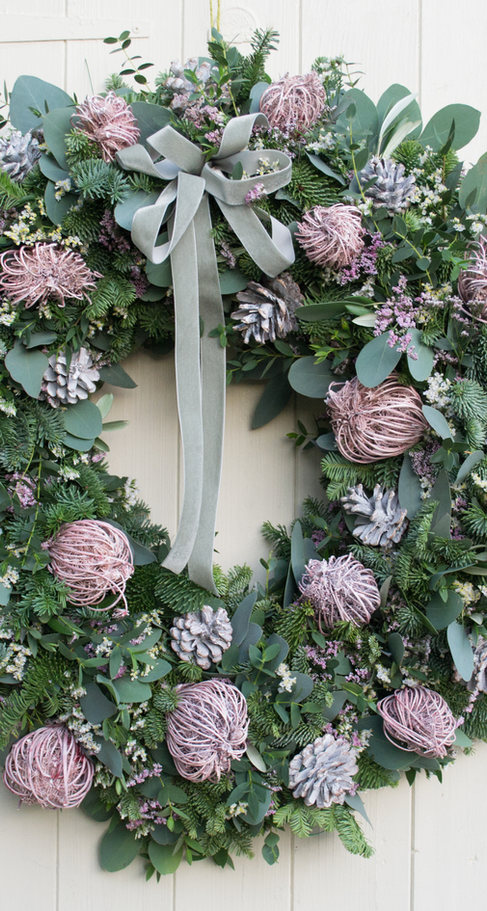 'Graceful heirloom' Door Wreath