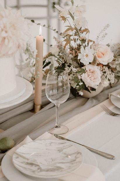 Combermere-Abbey-JacquiO-florals