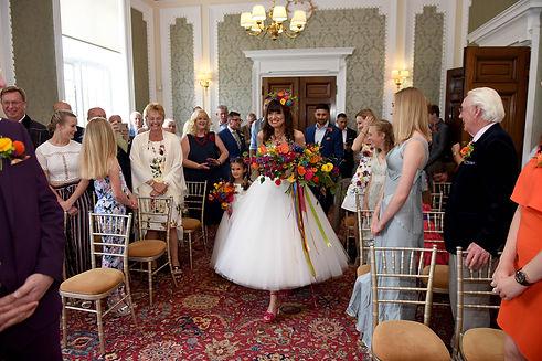 Poppy, ranunculus and pom-pom bridal bou