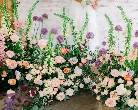 Jacqui O wedding flower trends madow