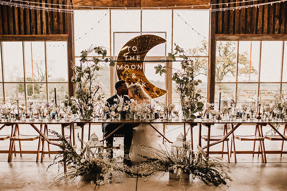 Jacqui O - wedding flowers - Grange Barn