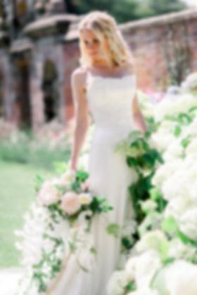 JacquiO-DorfoldHall- wedding flowers