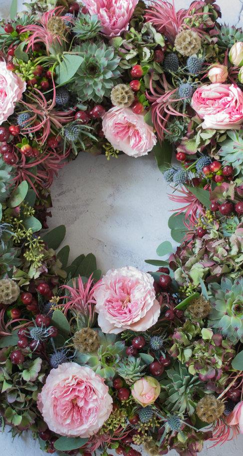 Christmas Spirit door  wreath