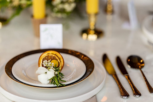 'Home Sweet Home' Table place setting flowers