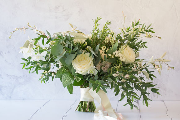 Rose, bouvardia and eucalyptus bridal bouquetus brides bo