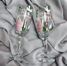 Dusky Pink Floral Flutes