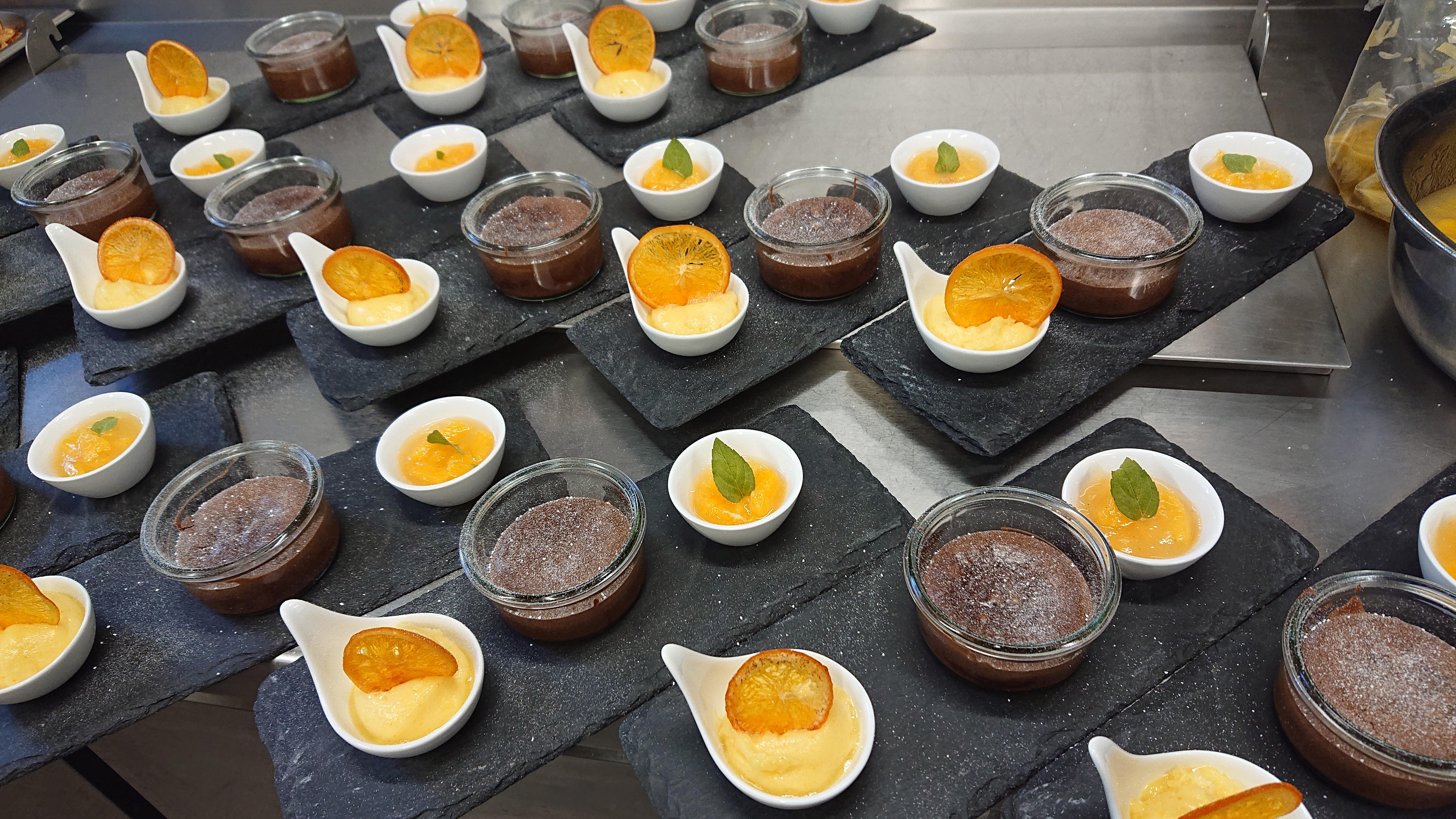 warmer Schokoladenkuchen mit flüssigem K