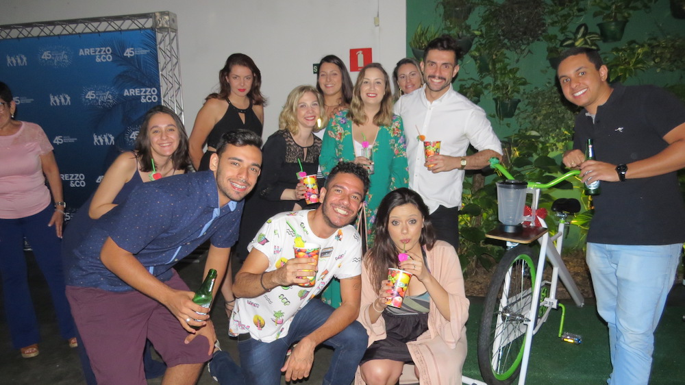 Evento corporativo com drinks