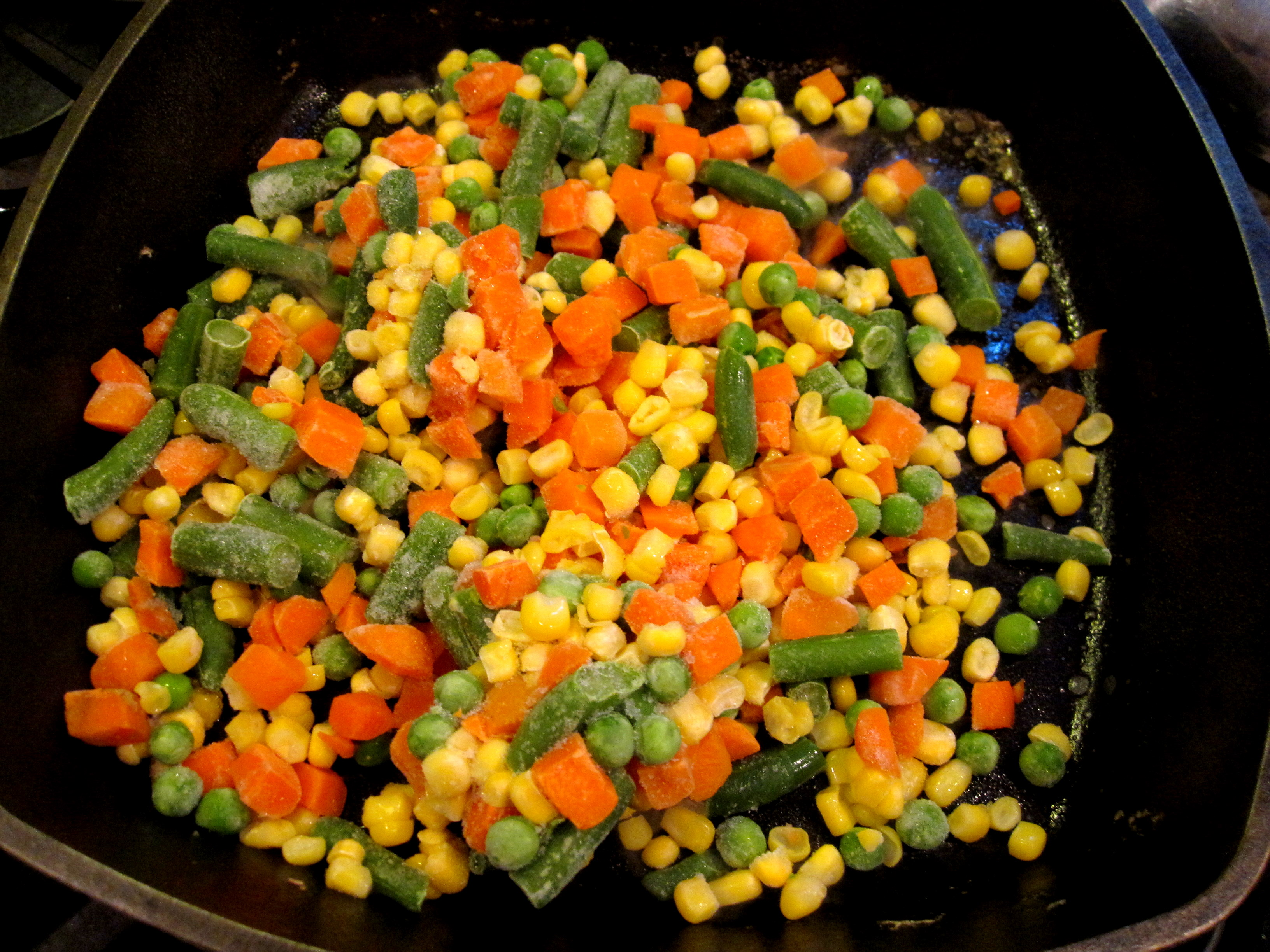 Frozen cleaned vegetables