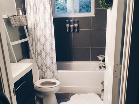 It's a Mini Bathroom Refresh, Honey!