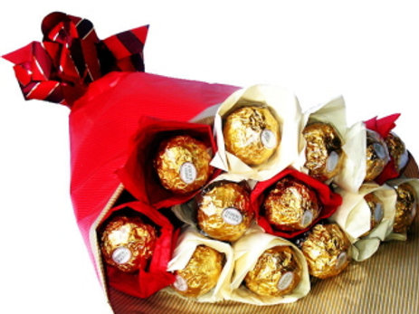 Red and Gold Delight - Chocolate Bouquet