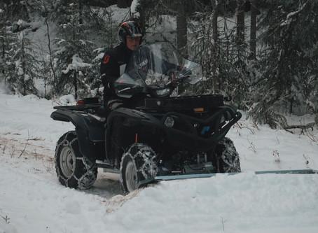 LEJA Snöplog håller snön borta
