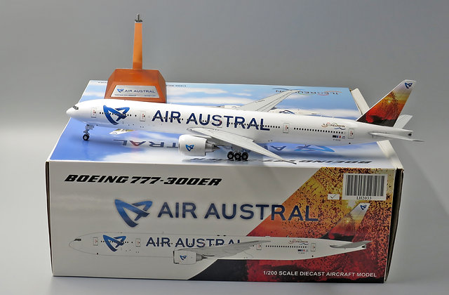 Air Austral B777-300ER F-OSYD JC Wings 1:200 Diecast Models LH2033