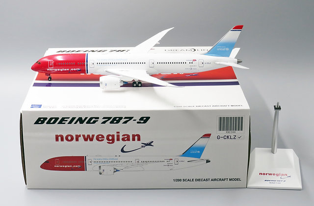 Norwegian B787-9 Reg:G-CKLZ Unicef Livery JC Wings 1:200 Diecast Models XX2200