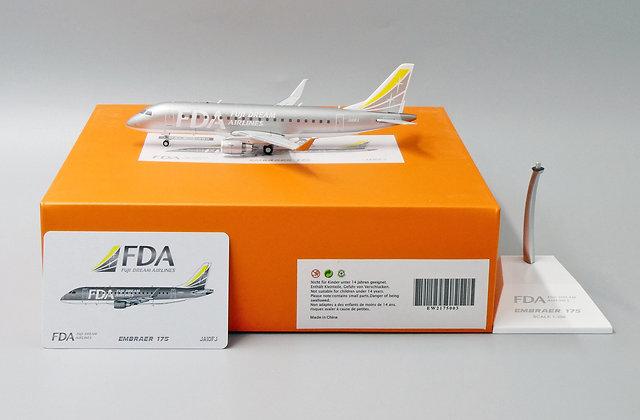 FUJI DREAM AIRLINES EMBRAER 175 Reg: JA10FJ JC Wings Scale 1:200 EW2175003