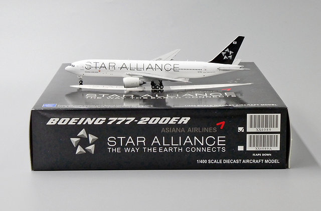 Asiana Airlines B777-200ER Star Alliance Reg: HL7732 1:400 Diecast XX4089