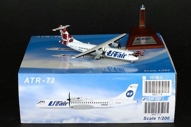"UTair ATR-72 ""Ukraine"" Reg: UR-UTJ JC Wings 1:200 Diecast Models XX2775"