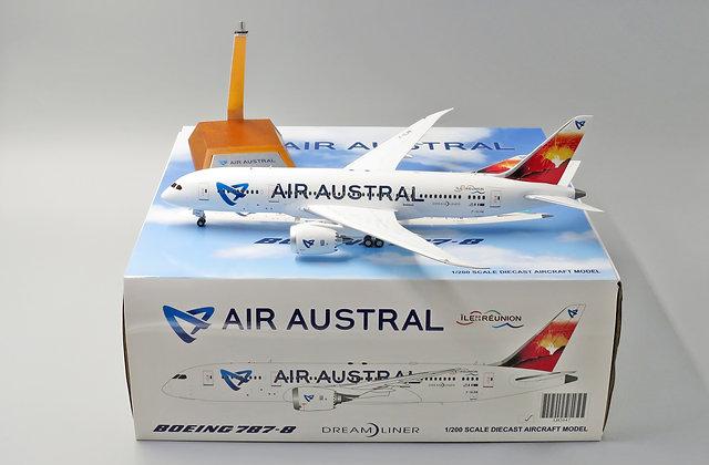Air Austral B787-8 Reg: F-OLRB JC Wings 1:200 Diecast Models LH2047