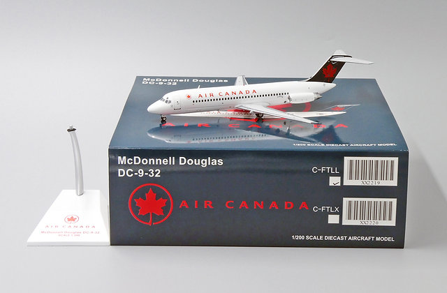 Air Canada DC9-32 Reg: C-FTLL JCWings Scale1:200 Diecast Model XX2219