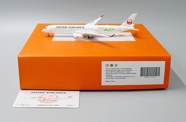 JAL A350-900 Reg: JA03XJ JC Wings Scale 1:400 Diecast Model EW4359003