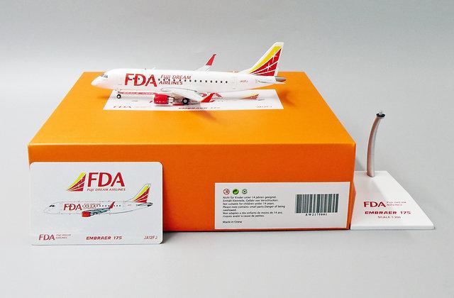 FUJI DREAM AIRLINES EMBRAER 175 Reg: JA12FJ  Scale 1:200 EW2175001
