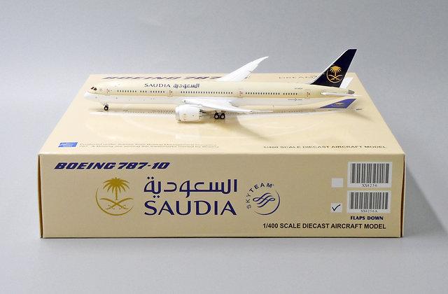 Saudi Arabian Airlines B787-10 HZ-AR24 Flaps Down JC Wings 1:400 Diecast XX4256A