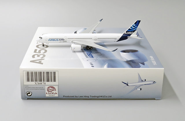 Airbus House Color A350-900 Reg:F-WXWB With Aircraft tug truck 1:400 XX4878
