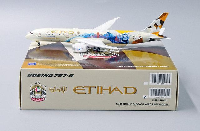 Etihad B787-9 Choose the USA Reg:A6-BLC FLAPS DOWN JCWings 1:400 Diecast XX4250A
