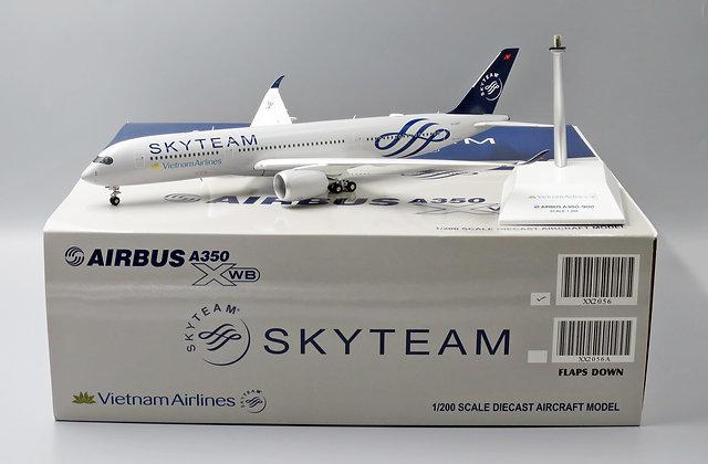 Vietnam A350-900 Skyteam Reg:VN-A897 Scale 1:200 JC Wings Diecast Model XX2056