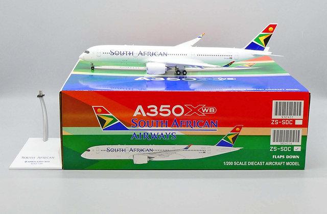 South African Airways A350XWB Reg: ZS-SDC JC Wings Flaps Down 1:200 XX2422A