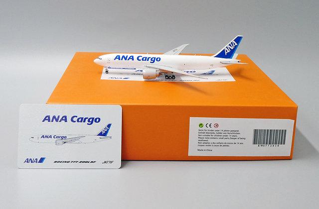 ANA B777-200LRF JA771F EW Wings 1:400 Diecast Models EW4772010