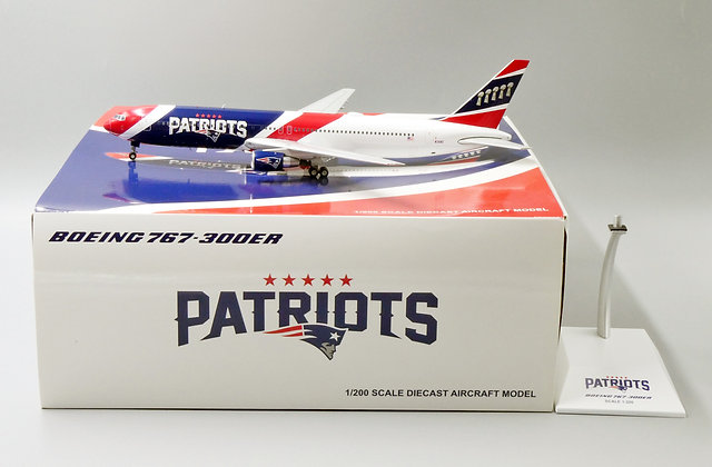 New England Patriots B767-300 Reg:N36NE JC Wings 1:200 Diecast PX2193